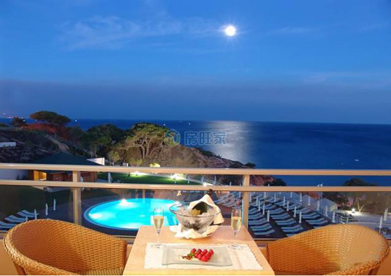 月亮湾海中海实景图