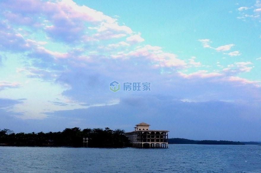 碧桂园十里繁花周边配套:定安南丽湖